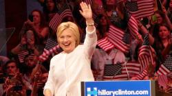 Hillary Clinton lance sa première