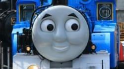 きかんしゃトーマス、満面の笑顔で大井川鉄道を走る(画像)