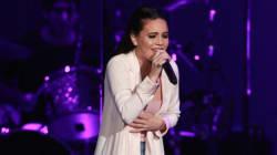 Selena Gomez craque en plein concert après la mort de son amie Christina