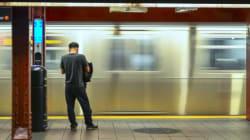 Agressées dans le métro, deux femmes voilées sont défendues par toute une