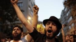 Manifestation dénonçant l'attaque d'islamistes contre des fans du groupe Radiohead