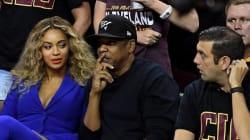 Perché Beyoncé guarda storto quell'uomo? La risposta della cantante mette tutti a