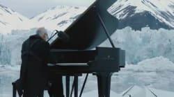 La performance del maestro Einaudi tra i ghiacci del Polo Nord vi darà i brividi in tutti i