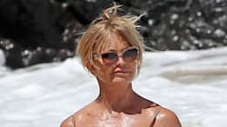 Goldie Hawn magnifique en maillot à 70 ans