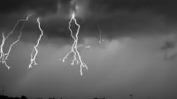 VIDEO: This Super Slo-Mo Lightning Video