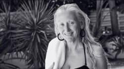 À 60 ans, elle est en vedette d'une campagne maillots pour