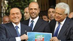 Il centrodestra torna unito sulla grande coalizione dopo Renzi. E senza