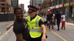 Cette policière canadienne est devenue la star des réseaux