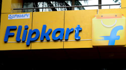 A Delivery Boy Cheating Flipkart With Fake iPhones Has Been