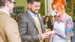 23 superbes photos de mariées qui ont su mettre leurs tatouages en