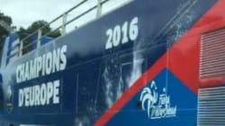 Ce bus à impériale est accusé d'avoir porté la poisse aux