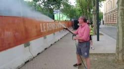 Le maire de Toulouse asperge la fan zone pendant