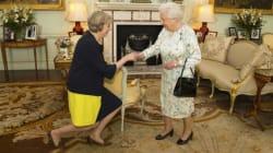 La reine accepte la démission de David Cameron, Theresa May Première