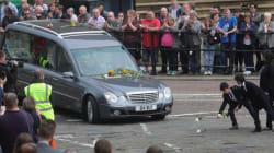 La députée britannique assassinée portée à son dernier