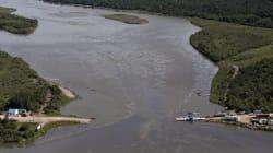 Booms Fail To Contain Major Oil Spill In Saskatchewan