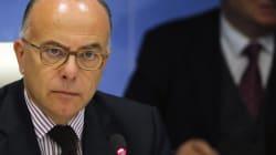 Cazeneuve porte plainte pour diffamation après les accusations de la responsable de la vidéosurveillance
