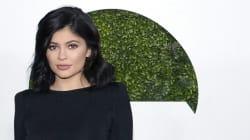 Kylie Jenner lance une collection de maquillage spéciale pour sa