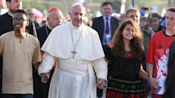 Lo sguardo sul futuro di papa Bergoglio: ai giovani il compito di reagire al