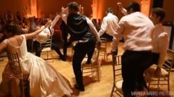 Il fait un numéro de danse digne de Beyoncé pour sa nouvelle épouse