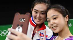 Le selfie de ces gymnastes symbolise parfaitement l'esprit
