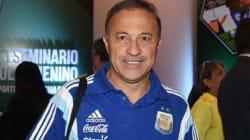 L'incredibile storia del ct argentino:
