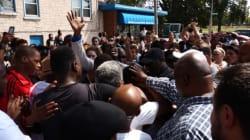 Tensions raciales: deuxième nuit de violences à