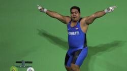 Cet haltérophile enflamme les Jeux Olympiques avec sa danse de la