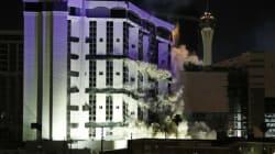 Regardez l'hôtel Riviera imploser à Las Vegas