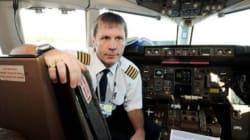Il cantante degli Iron Maiden pilota sul volo