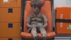 Le frère du petit Syrien blessé dans un raid à Alep meurt de ses
