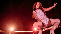 Rihanna Poses With Her Headless, Bikini-Wearing Statue In