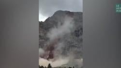 Les images d'un impressionnant glissement de terrain en