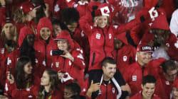Les athlètes canadiens reçoivent un accueil triomphal à leur retour au