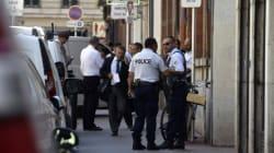 Un policier poignardé dans un commissariat de