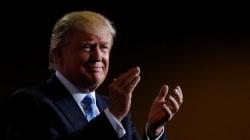 Trump bifronte. Statista in Messico, va in Arizona e parla del muro