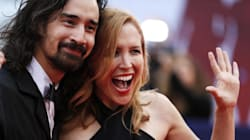 Jason Lew et Laura Rister en couple glamour sur le tapis rouge à