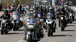 Des motards escortent une élève victime de harcèlement