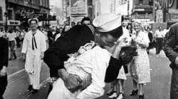 Photo: décès de la femme embrassée à New York par un marin à la fin de la