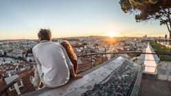 Quer viajar? Veja 6 destinos internacionais populares e econômicos na baixa