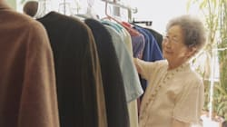 These Seniors Can't Travel, So This Mobile Mall Comes To