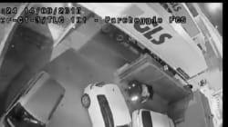 Svolta e poi inchioda: il drammatico video del tir che travolge l'operaio durante il