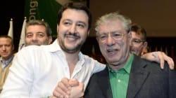 Bossi scarica Salvini che scarica Parisi. A Pontida è tutti contro