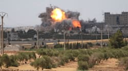 Un convoi humanitaire touché par des raids en Syrie, 20