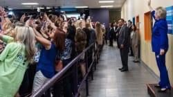 Cette photo résume parfaitement le narcissisme de notre