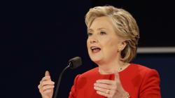 Clinton améliore son avance sur Trump après leur débat, selon un