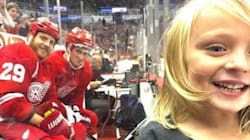Detroit Red Wings Players Adorably Photobomb 4-Year-Old's