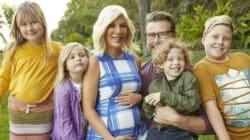 À 43 ans, Tori Spelling annonce être enceinte de son 5e