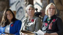 Liberals To Revive Equal Pay Approach That Harper