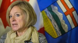 Notley Won't Team Up With Premiers To Fight Liberal Carbon