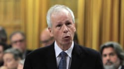 Dion Sorry Thumbs-Down Gesture Was 'Interpreted' In Wrong